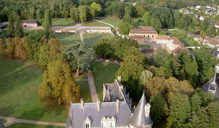 Vue générale château de courtalain