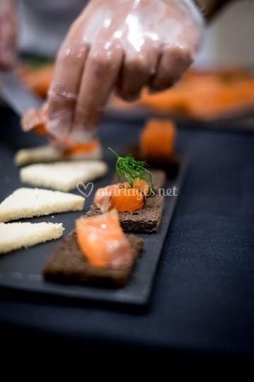 Découpe de saumon gravad-lax