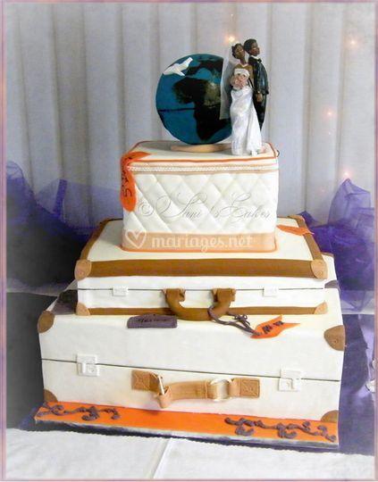 Gâteau valise théme voyage