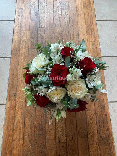 Bouquet de marié rond