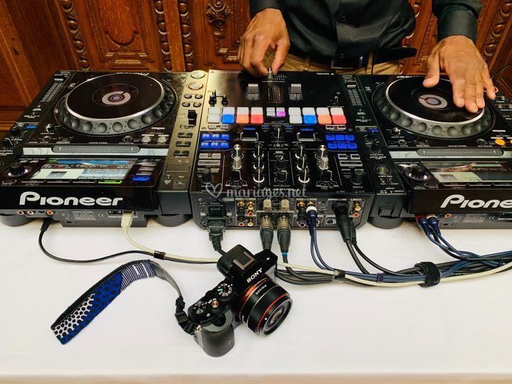 Decibel DJ