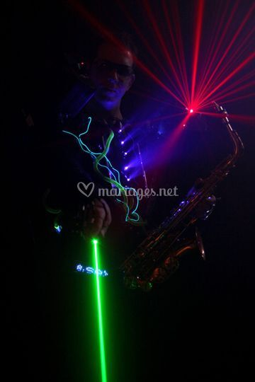Show futuriste light and sax