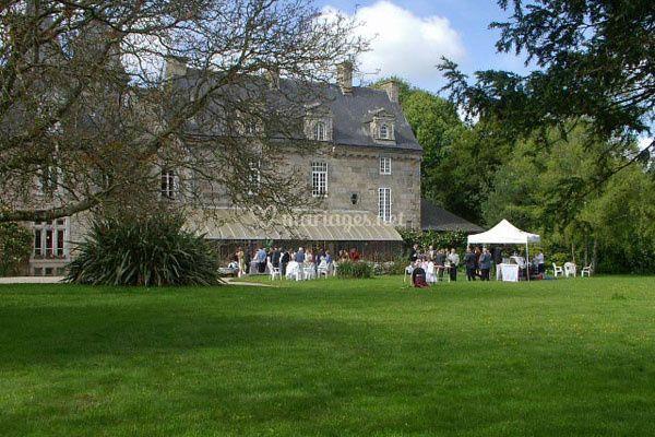 Avant du Château de Trebodennic