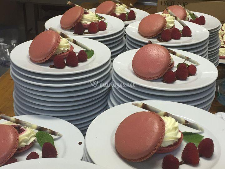 Macaron framboise et chocolat