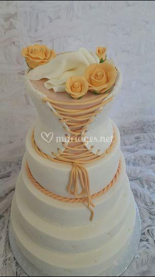 Gâteau bustier