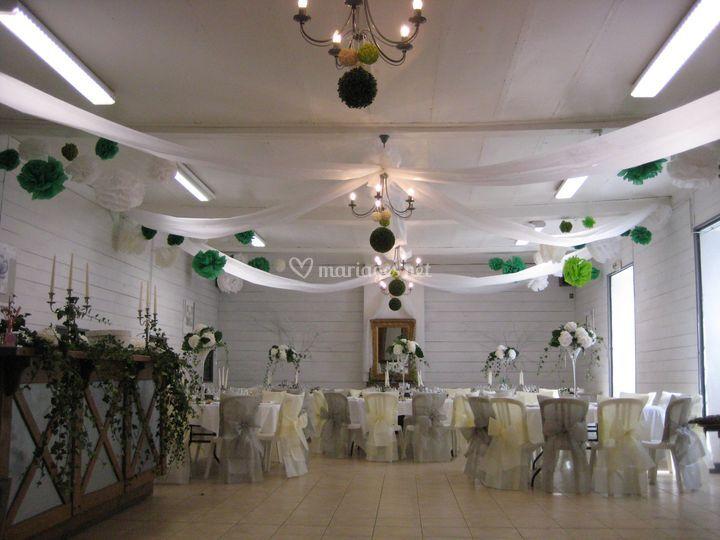 Salle 100 m²