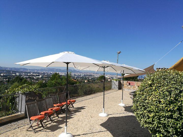 Parasol à louer Marseille