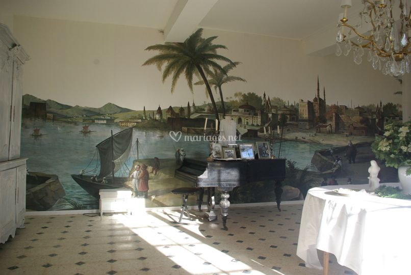 Le salon au piano