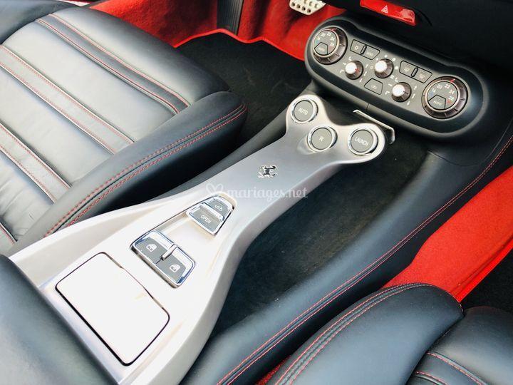 Ferrari California 4.3 V8 460