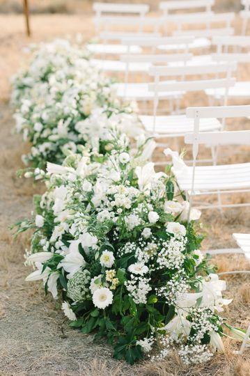 Allée de fleurs