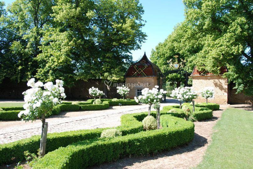 Ch teau de pierreclos for Jardin lamartine