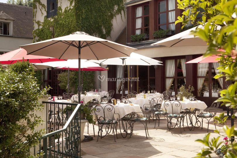 Manoir de gressy - Restaurant terrasse jardin toulouse le mans ...