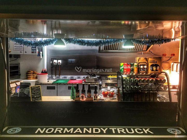 Normandy Truck 76