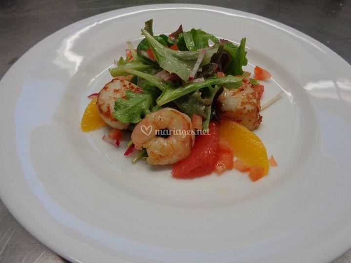 Salade fraîcheur et  gambas