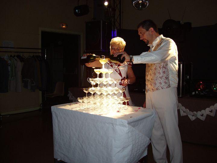 Mariage eclairage pyramide