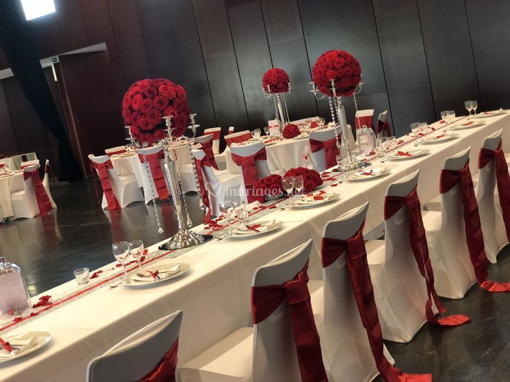 Mariage roses rouges