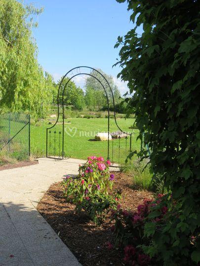 Entrée vers notre jardin aroma
