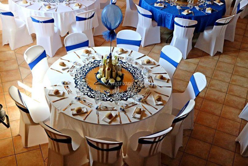 12 tables pour 10 couverts