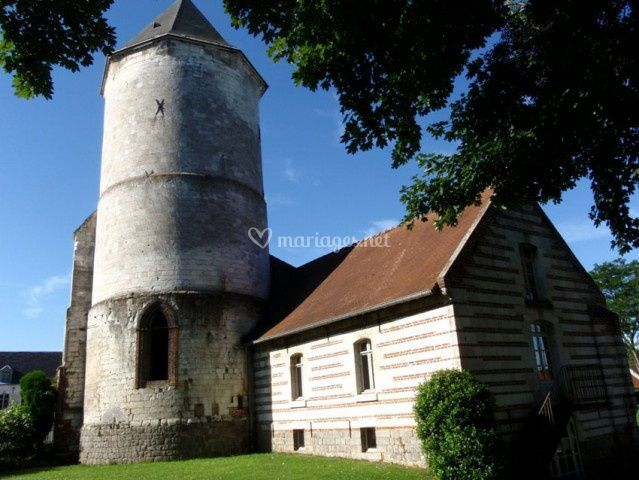 Château de Flesselles - La Tour médiévale