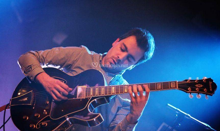 Lucas le guitariste