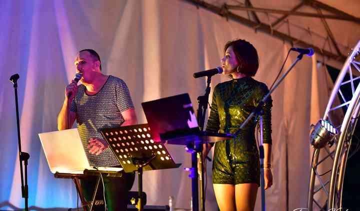 Duo avec chanteuse