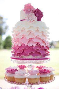 Wedding cake et cupcake