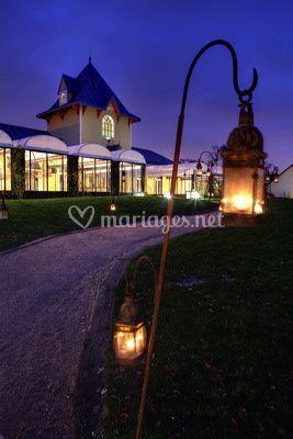 Le Pavillon (de nuit)