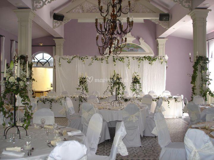 Salon Pavillon
