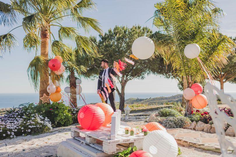 Ballons, guirlandes, lampions