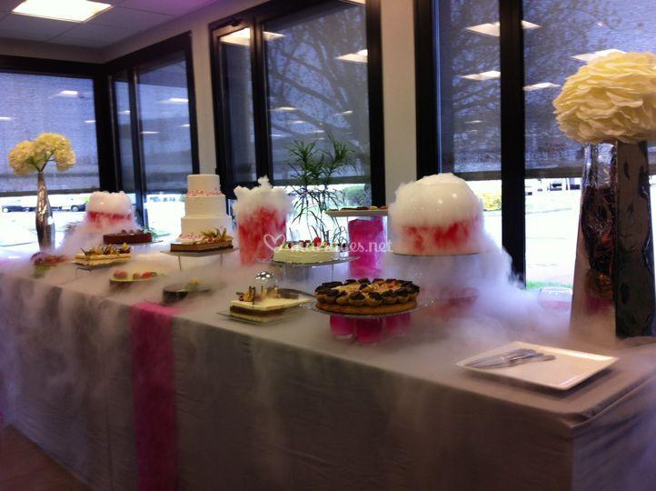 Buffet de dessert Fumant