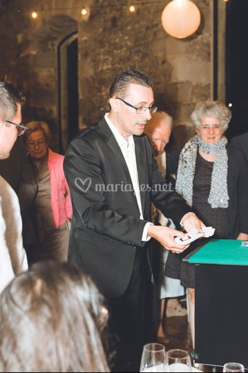 Professeur Guillaume Magicien