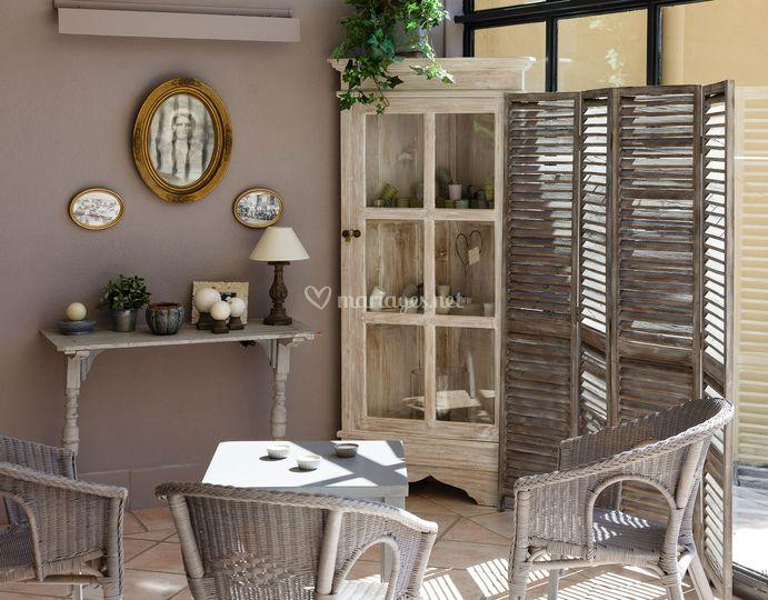 coin d tente de la magnanerie de saint isidore photo 32. Black Bedroom Furniture Sets. Home Design Ideas