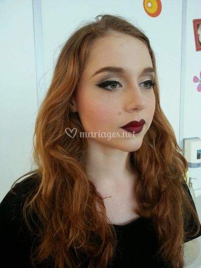 Maquillage sophistiqué rétro