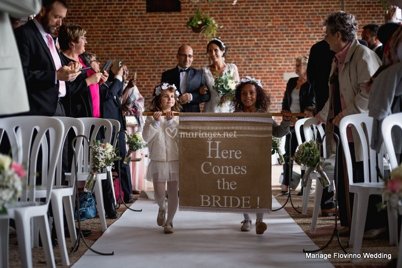 Here comes the bride !