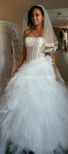 Robe transparence et tulle