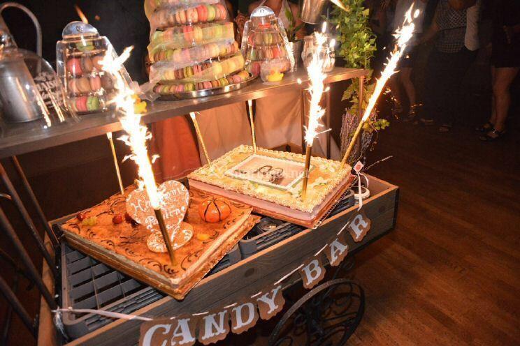 Candy bar : support à gâteaux