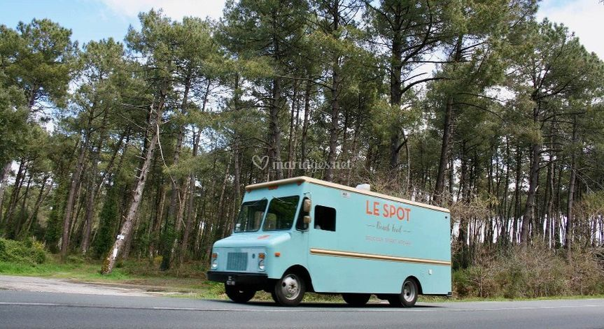 Foodtruck on the road