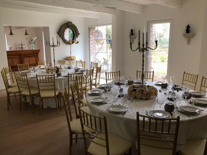Des tables élégantes