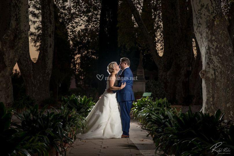 Les mariés sous les platanes