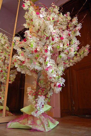 Arbre décoré de bonbons de dragées