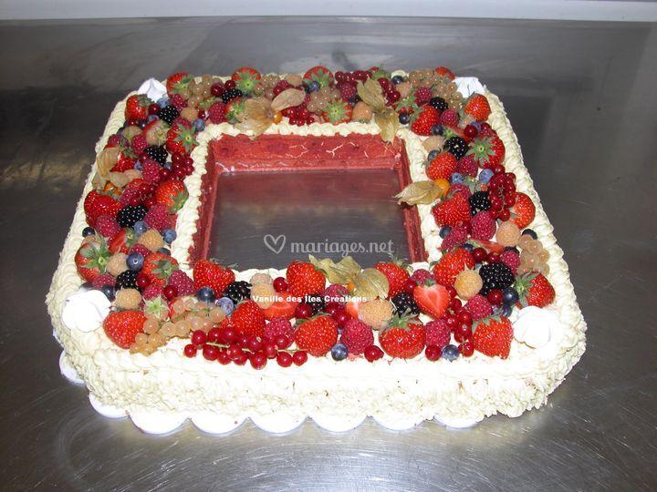 Gâteau farandole fruits rouges