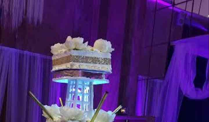 Présentoir gâteau Tour Eiffel