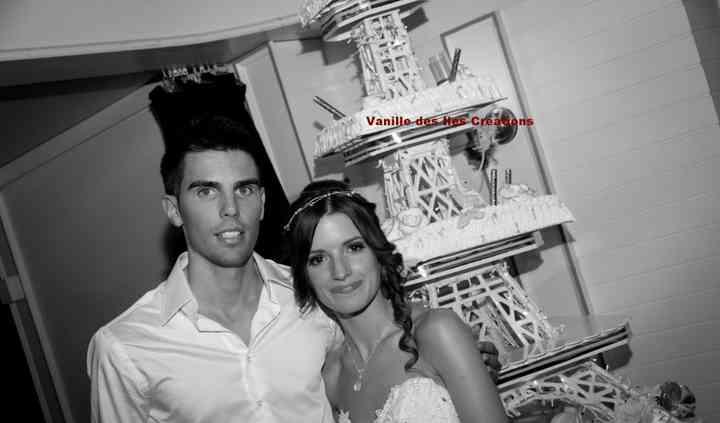 Tour Eiffel et les mariés