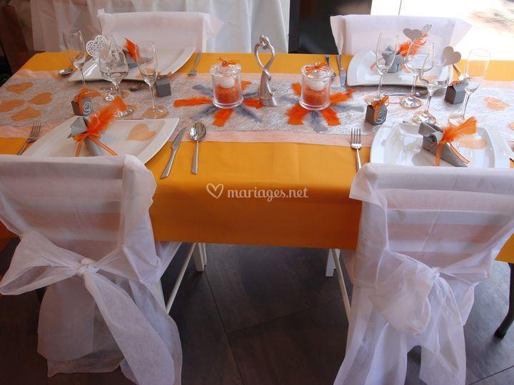 Orange et gris
