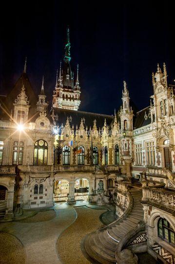 Le Palais Bénédictine de nuit