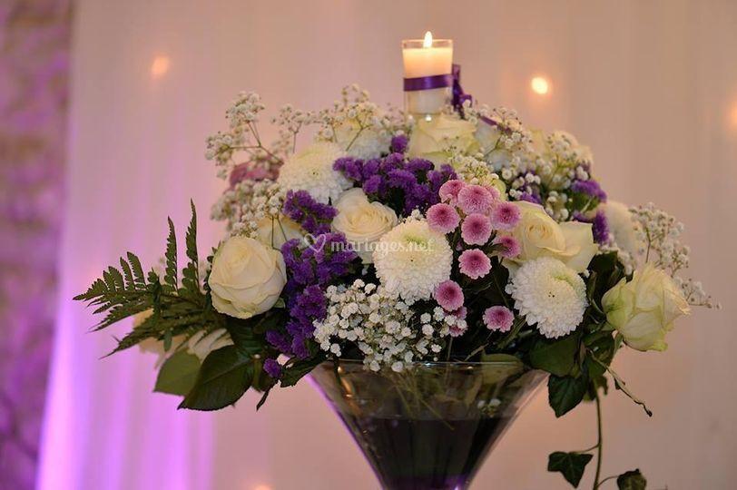 Vase et fleur fraîche