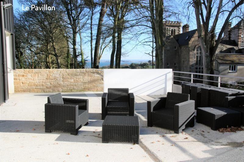 Le Pavillon : terrasse