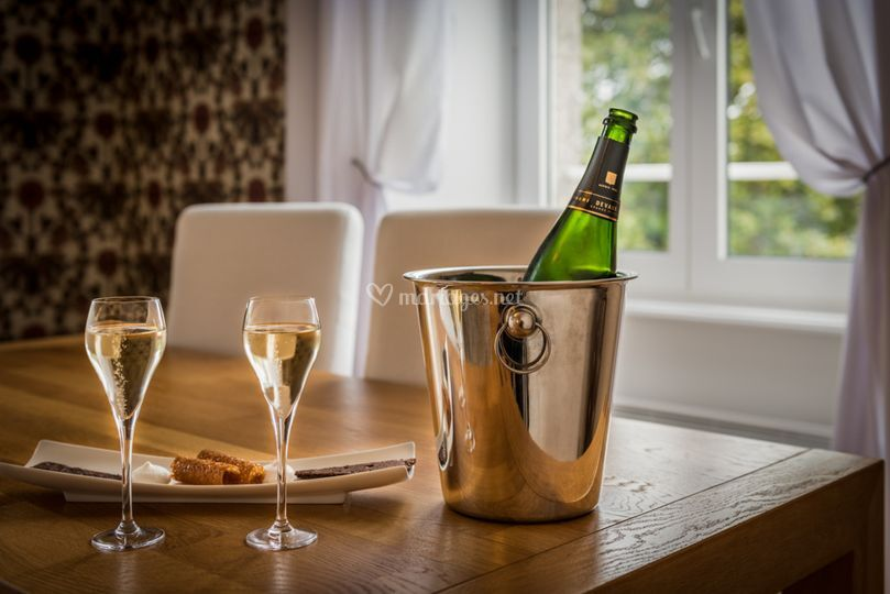 Champagne suite des mariées