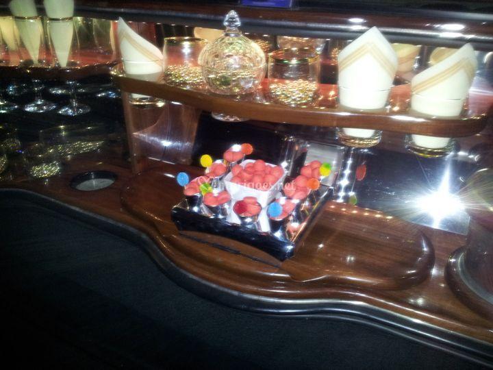 Lincoln madison bar int