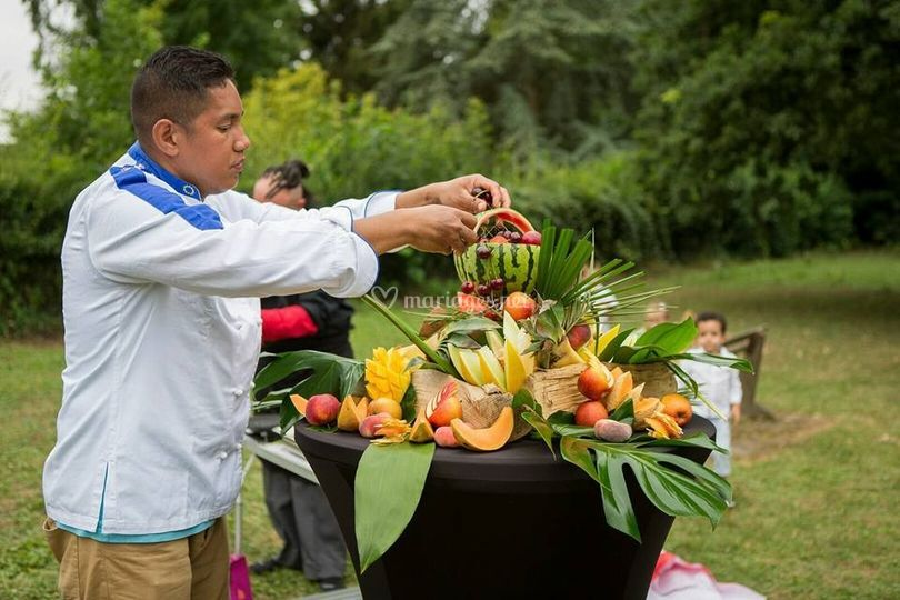 Sculpture sur fruits
